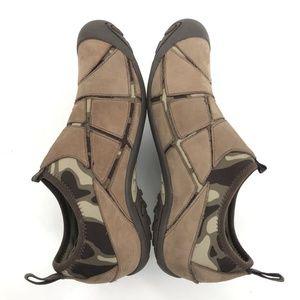175ae4220beb8 Merrell Shoes - 22 MERRELL Shoes Size 8 Mosaic Camo Nylon Leather